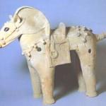 ツルクビ1号墳出土の馬形埴輪