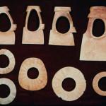 東大寺山古墳出土の腕輪形石製品