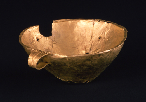 金製把手付杯 ギリシア 前1600年頃 径12.6cm