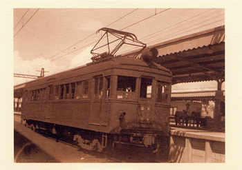デハボ1000形1017号電車(奈良電気鉄道 橿原神宮前駅 昭和5年)