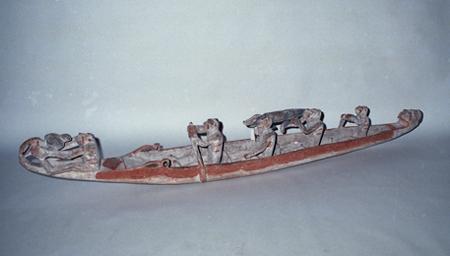 """霊魂の舟""""ブラモン"""" インドネシア、パプア州アスマット地方北西部 長さ213.2cm"""