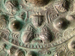 三角縁神獣鏡の神像